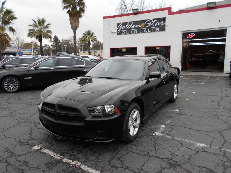 Dodge Charger SE 2012 price $9,750