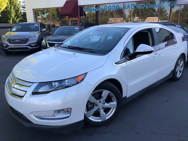 Chevrolet Volt 2015 price $11,998