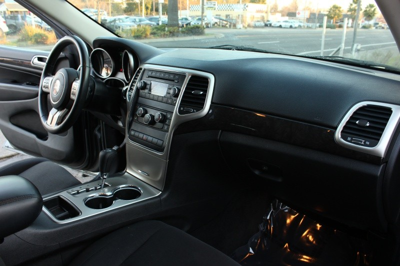 Jeep Grand Cherokee 4WD Laredo 2013 price $13,498