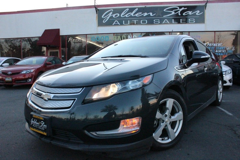 Chevrolet Volt 2015 price $12,499