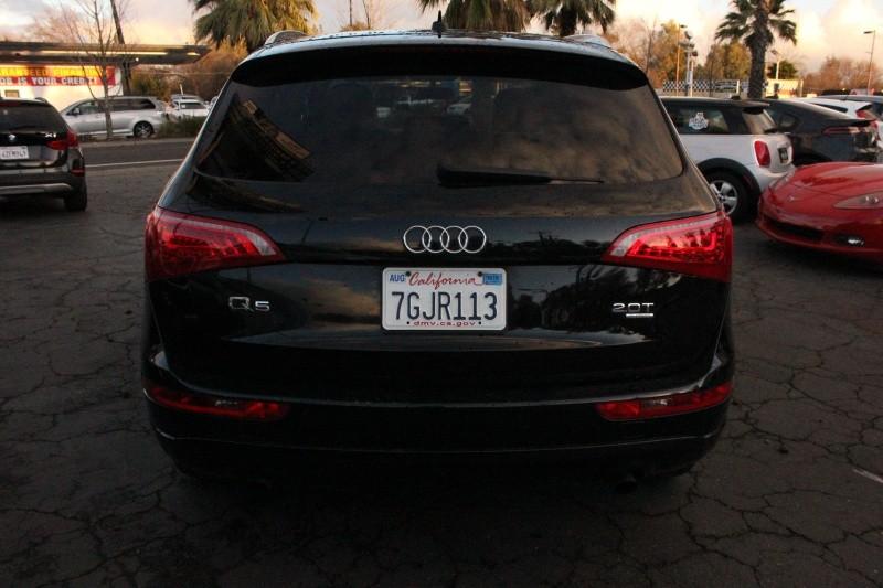 Audi Q5 quattro 2.0T Premium 2011 price $10,998