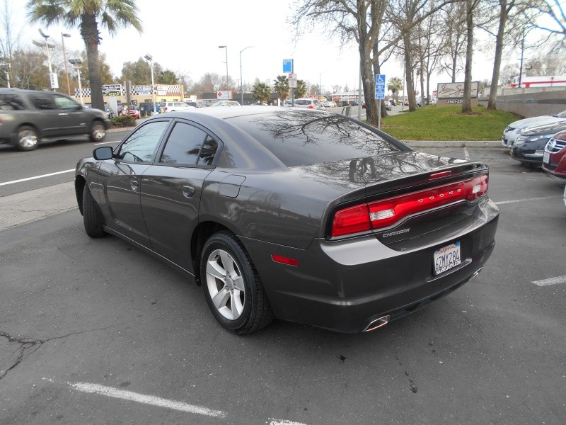 Dodge Charger SE 2013 price $10,498