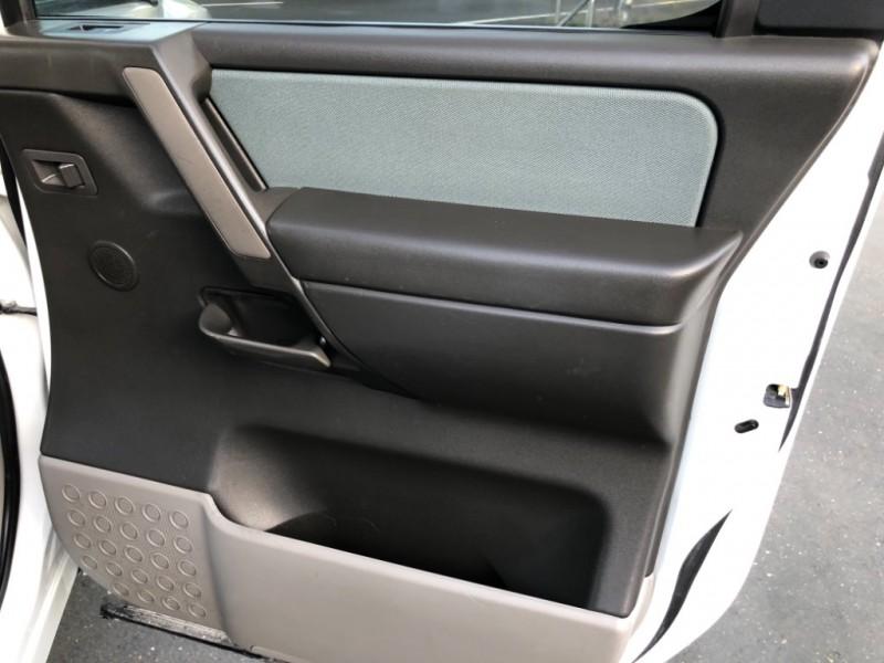 Nissan Titan LE Crew Cab 2WD 2004 price $7,498
