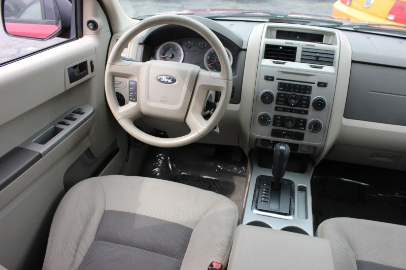Ford Escape XLT 2008 price $5,998