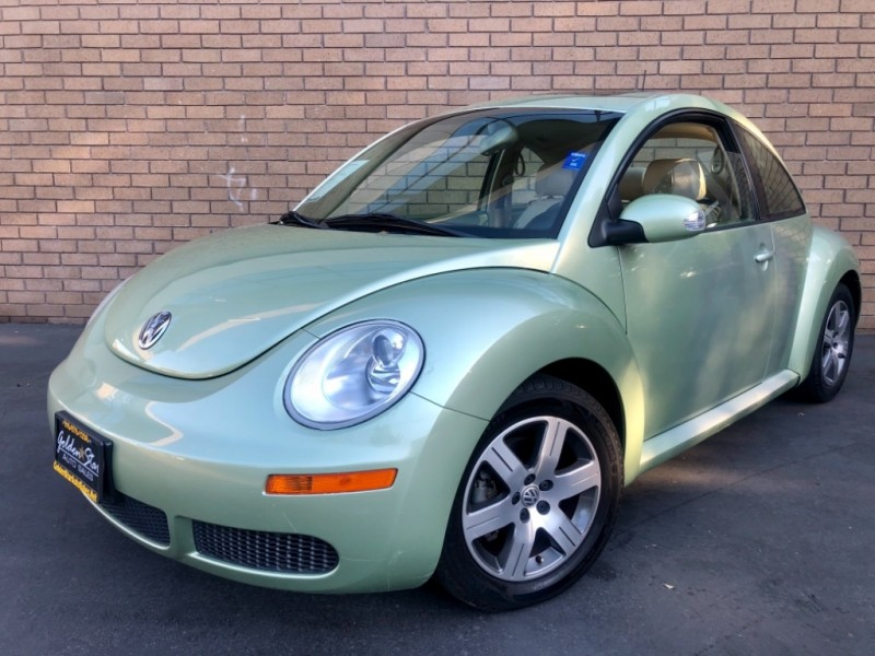 Volkswagen New Beetle Coupe 2.5L PZEV 2006 price $4,998