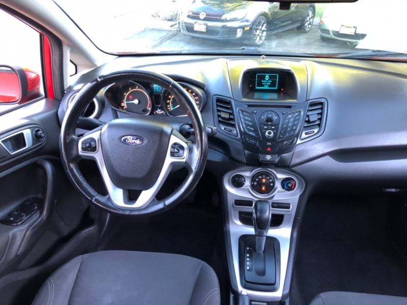 Ford Fiesta SE Hatchback 2014 price $5,998
