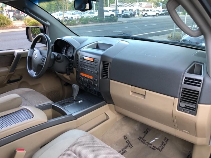 Nissan Armada LE 2006 price $6,998