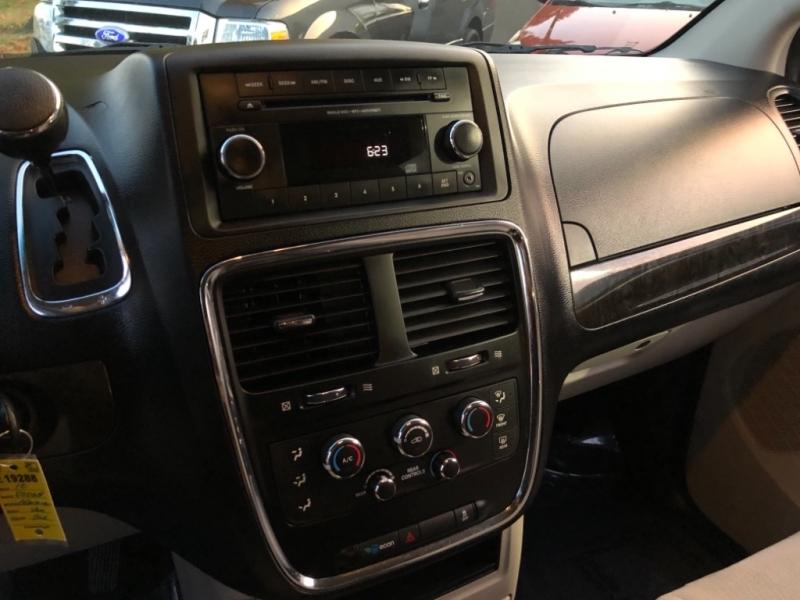 Dodge Grand Caravan SE 2012 price $6,498