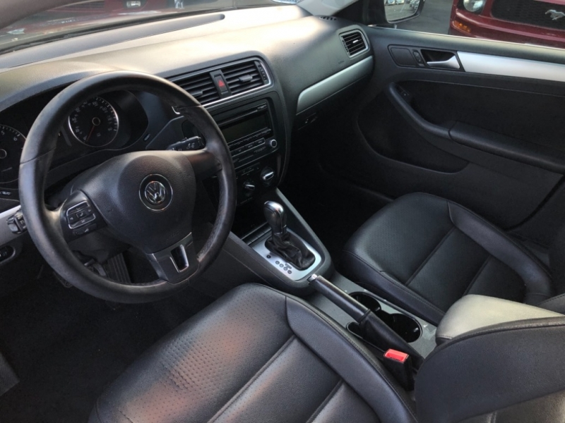 Volkswagen Jetta Sedan 2013 price $6,498
