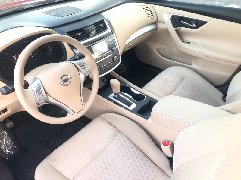 Nissan Altima 2.5 S 2016 price $9,998