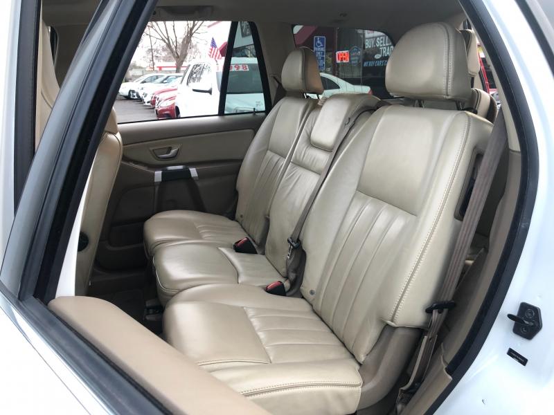 Volvo XC90 3.2 FWD 2014 price $10,998
