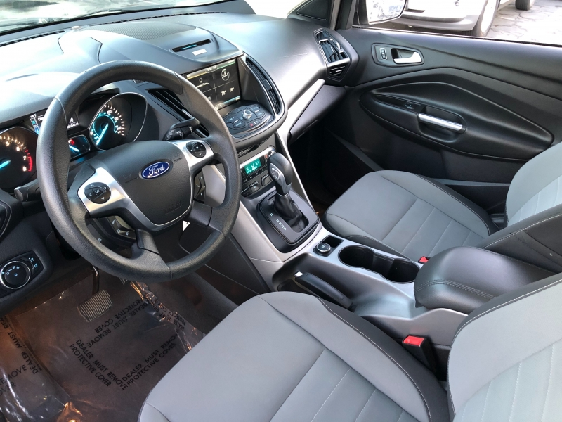 Ford Escape SE 2014 price $8,998