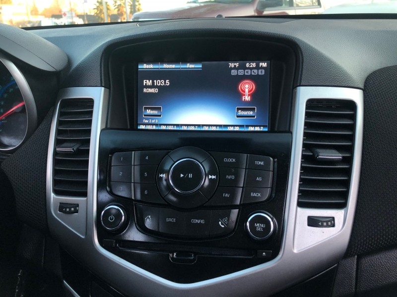 Chevrolet Cruze 2LT Sedan FWD 2015 price $8,998