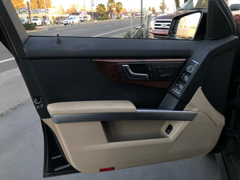 Mercedes-Benz GLK-Class 2011 price $10,498