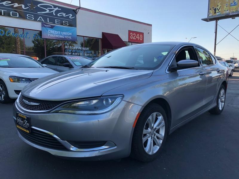 Chrysler 200 2015 price $9,498