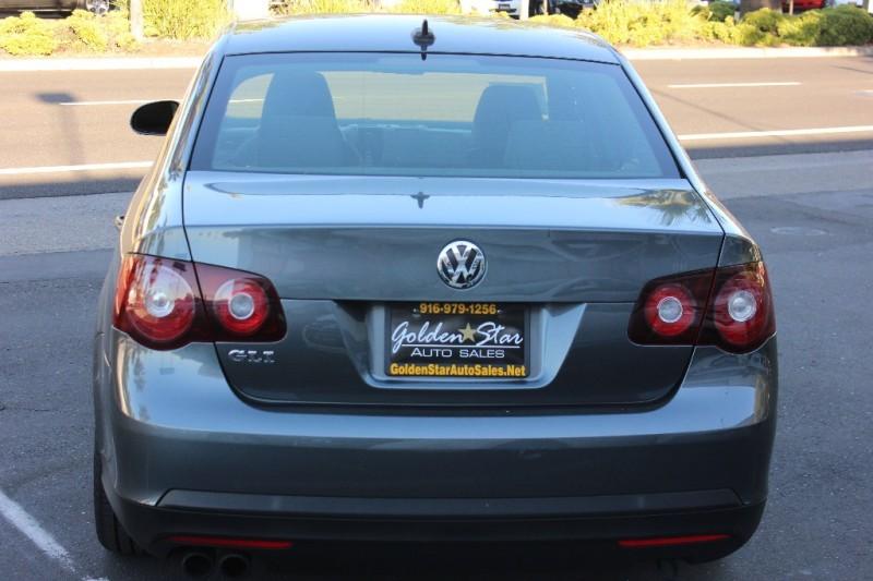 Volkswagen Jetta 2009 price $5,998