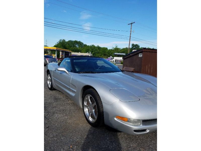Chevrolet Corvette 2003 price $23,000