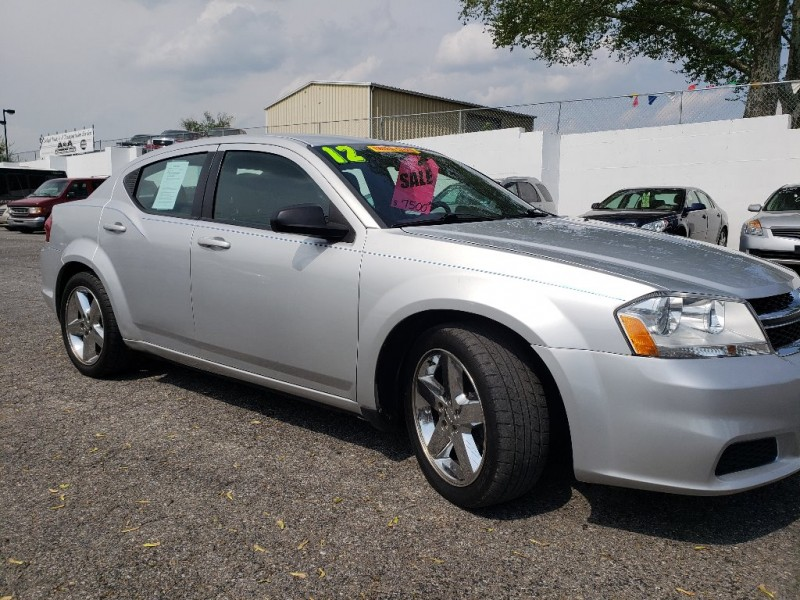 Dodge Avenger 2012 price $6,900