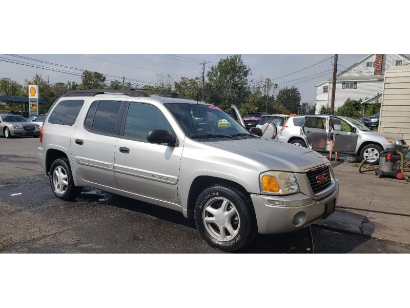 GMC Envoy XL 2005 price $5,500