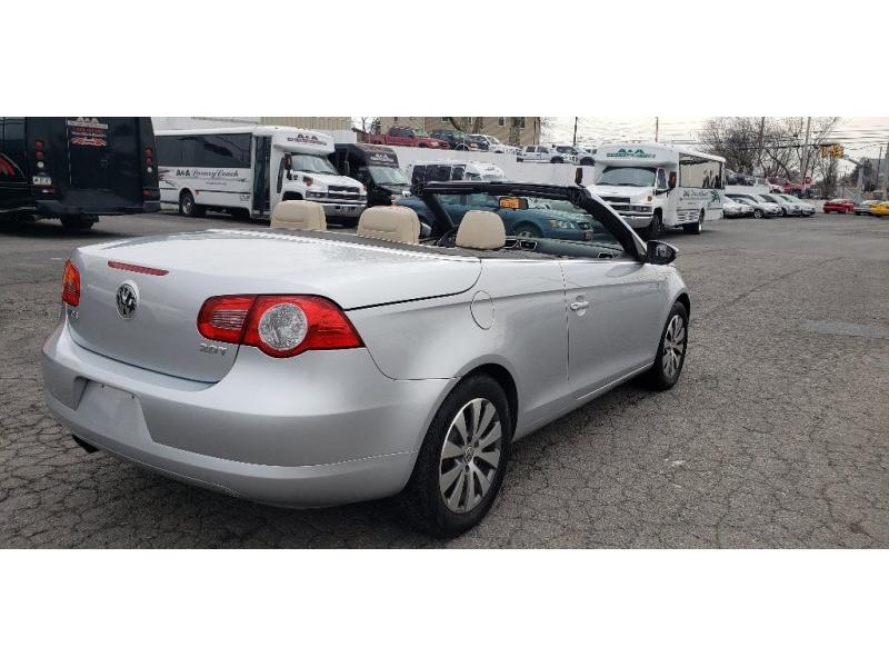 Volkswagen Eos 2009 price $5,500