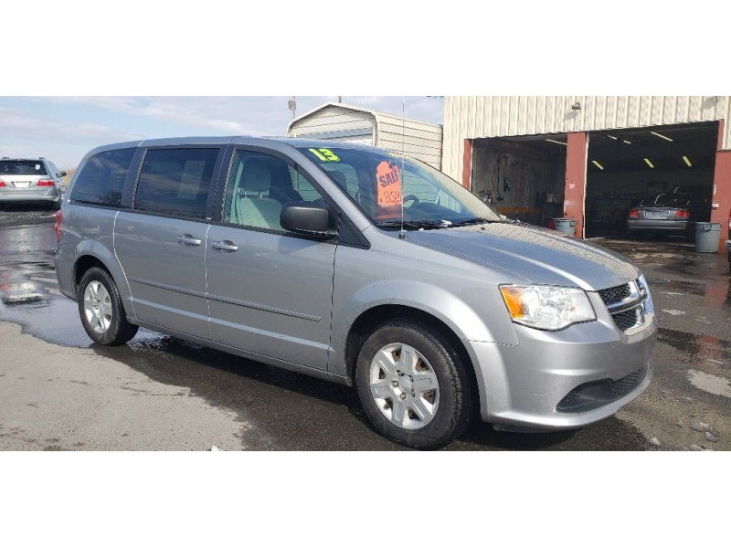 Dodge Grand Caravan 2013 price $7,900