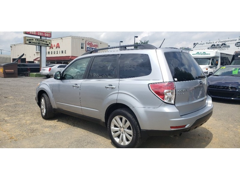Subaru Forester 2012 price $8,900