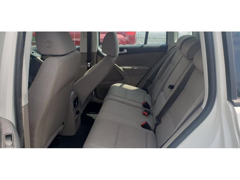 Volkswagen Tiguan 2010 price $6,900