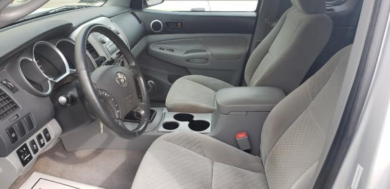 Toyota Tacoma 2009 price $14,900