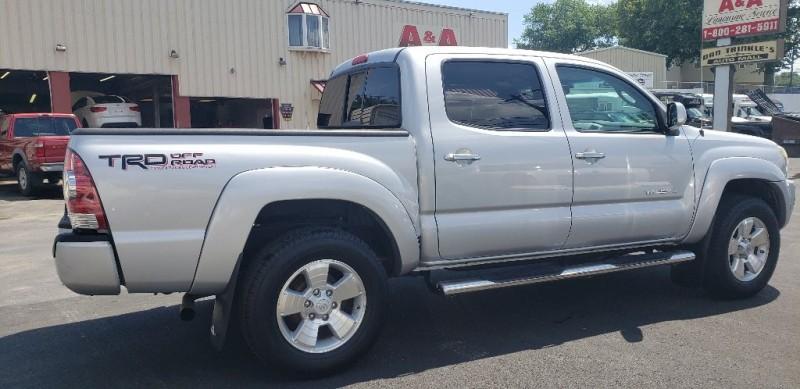 Toyota Tacoma 2010 price $17,500