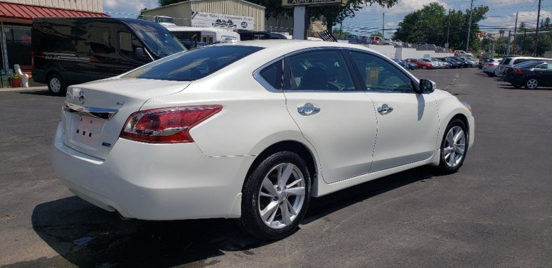 Nissan Altima 2013 price $9,500