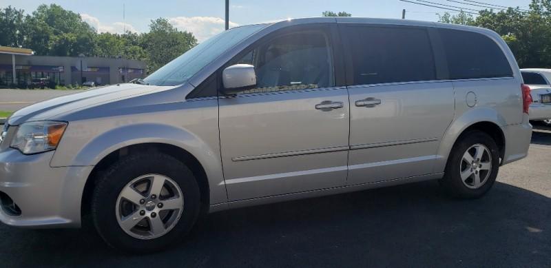 Dodge Grand Caravan 2012 price $8,400