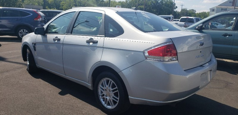 Ford Focus 2008 price $3,900