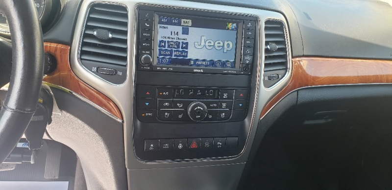 Jeep Grand Cherokee 2011 price $15,500