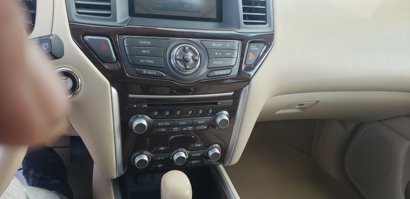 Nissan Pathfinder 2013 price $11,900