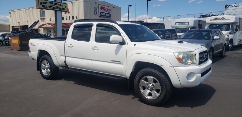 Toyota Tacoma 2006 price $14,900