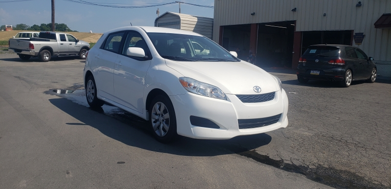 Toyota Matrix 2012 price $9,900
