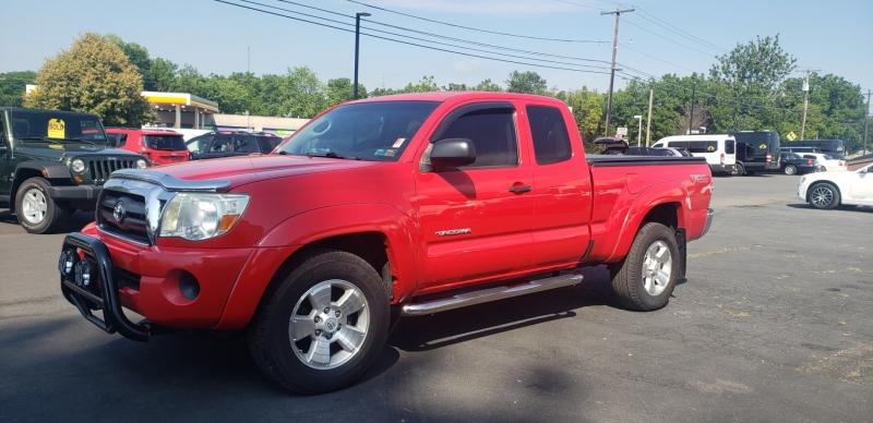 Toyota Tacoma 2008 price $13,900
