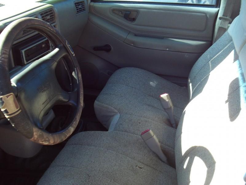 GMC Sonoma 1996 price $2,450