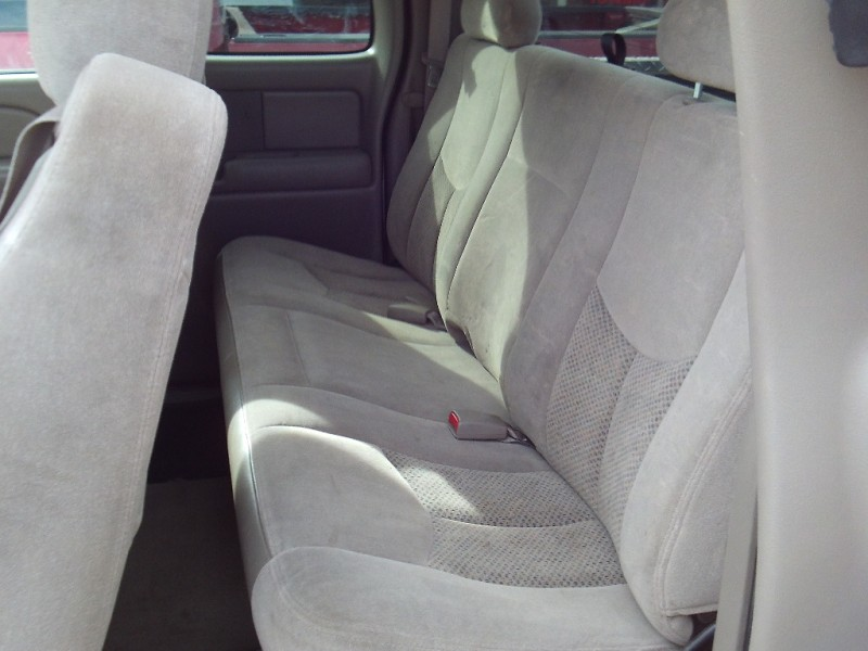 Chevrolet Silverado 2500HD 2004 price $6,995