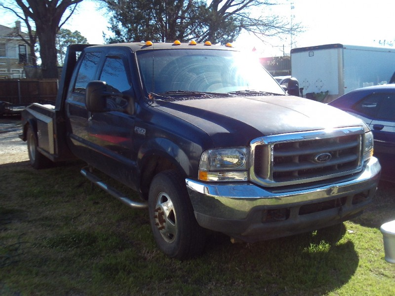 Ford Super Duty F-350 DRW 2001 price $5,450