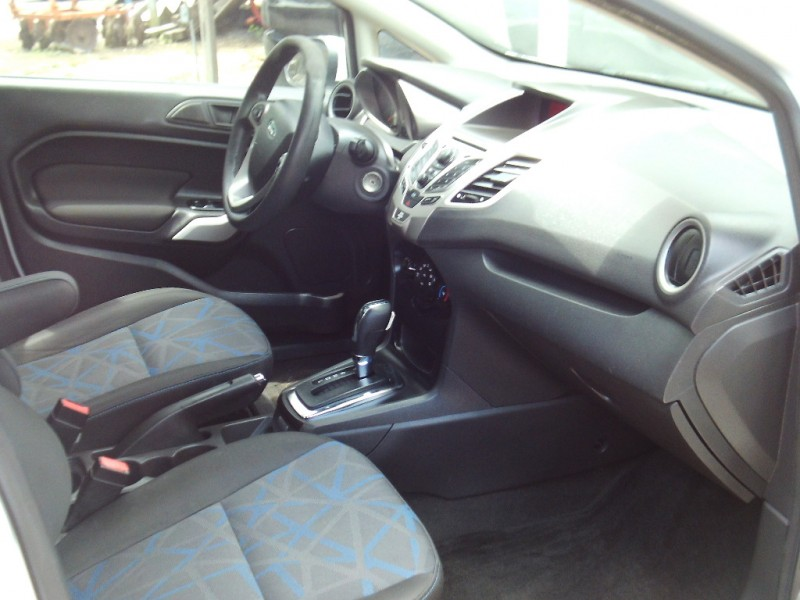 Ford Fiesta 2013 price $4,450