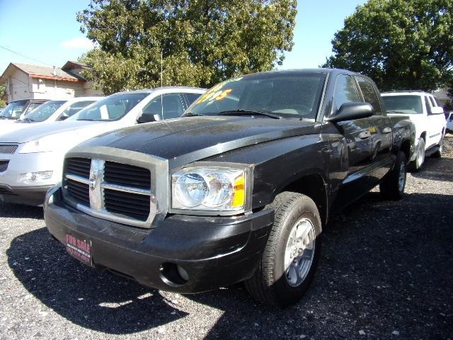 Dodge Dakota 2006 price $2,995