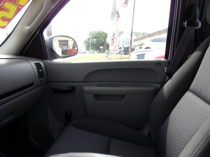 Chevrolet Silverado 1500 2011 price $5,900