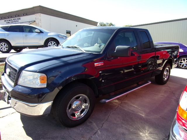 Ford F-150 2005 price $4,500