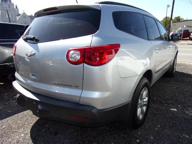 Chevrolet Traverse 2011 price $4,995