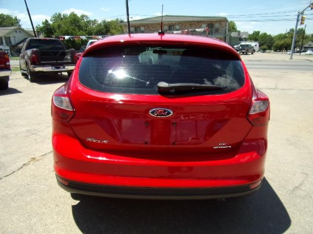 Ford Focus 2014 price $4,995
