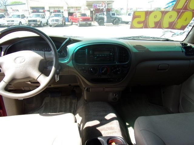 Toyota Tundra 2001 price $4,495