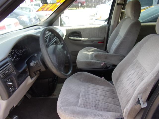Chevrolet Venture 2002 price $1,495