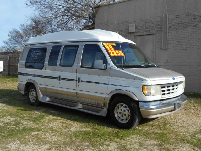 1993 Ford Econoline VN Wht