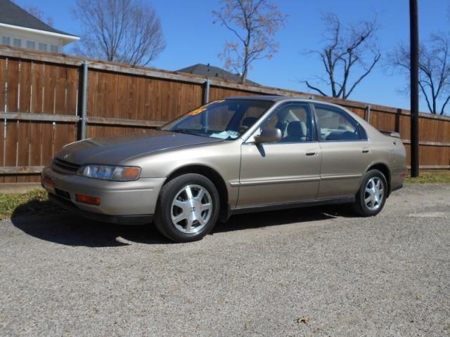 1995 Honda Accord Sdn